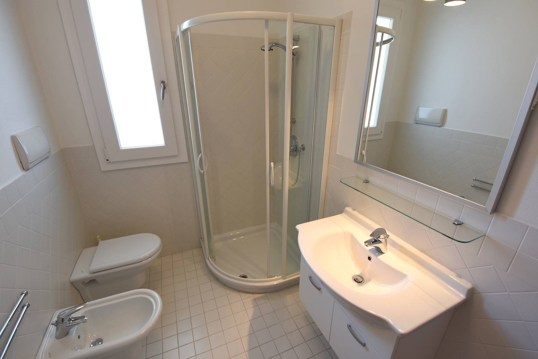 bagno-appartamento-jesolo-1592274278