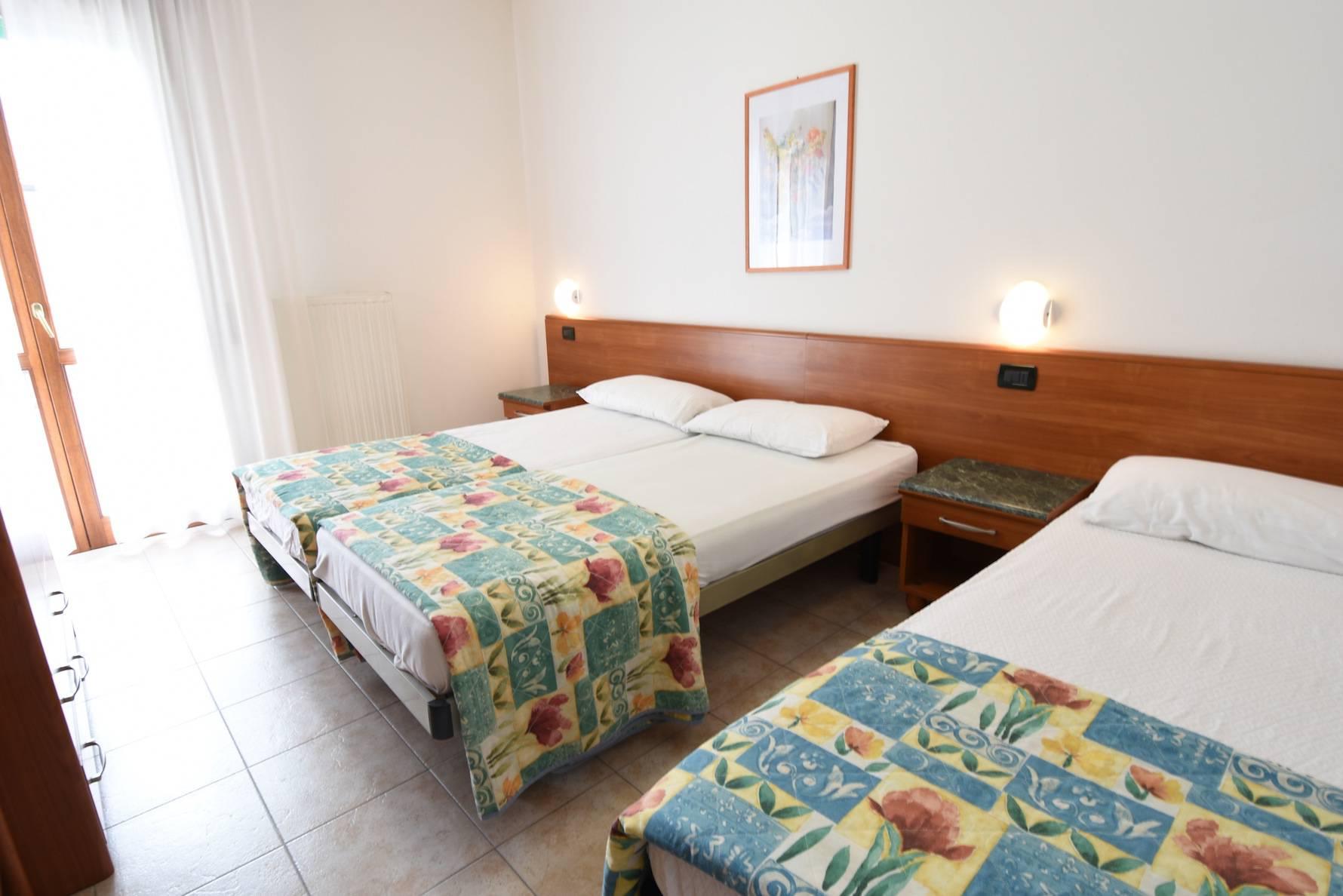 camera-da-letto-appartamento-bilocale-jesolo-28767916