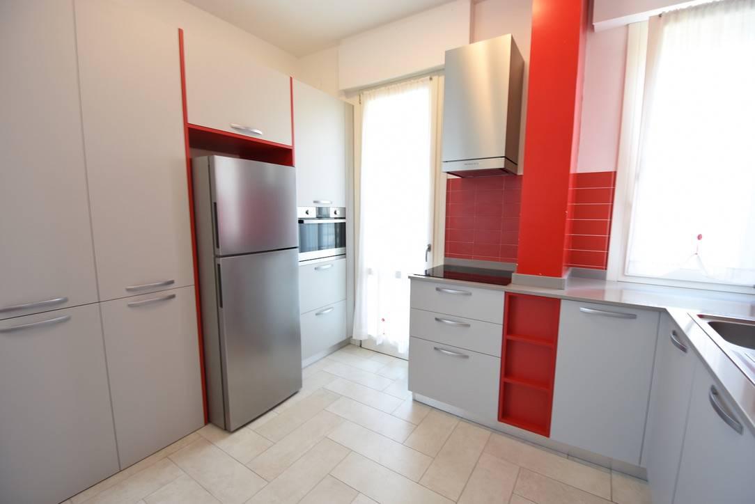 cucina-appartamento-residence-cansiglio-jesolo-1542405367