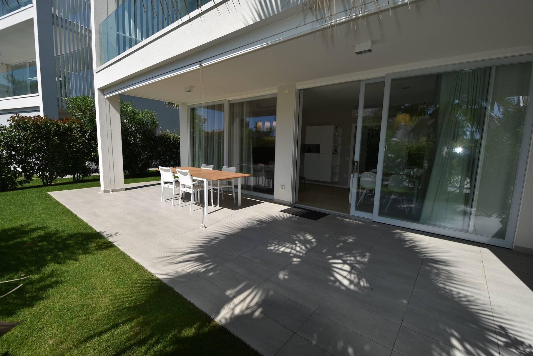 esterno-appartamento-in-affitto-stagionale-jesolo-2109244957