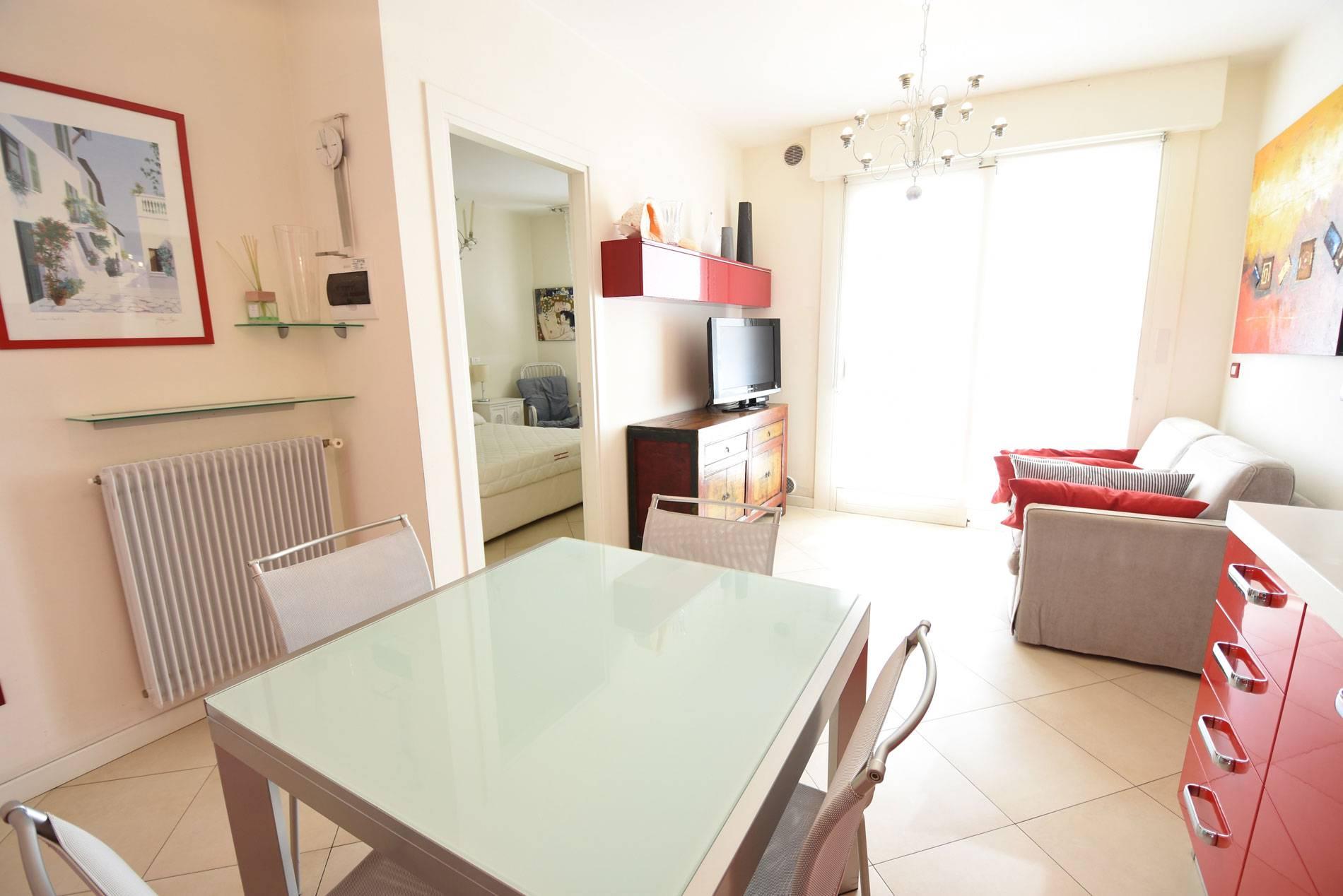 soggiorno-residence-bafile-360-729542562