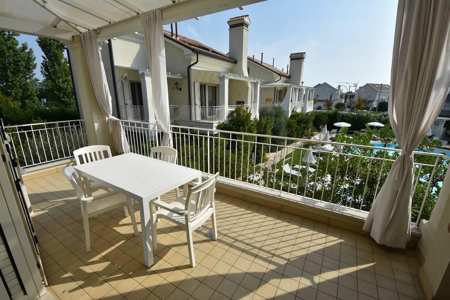 terrazza-appartamento-residence-ulivi-44735822