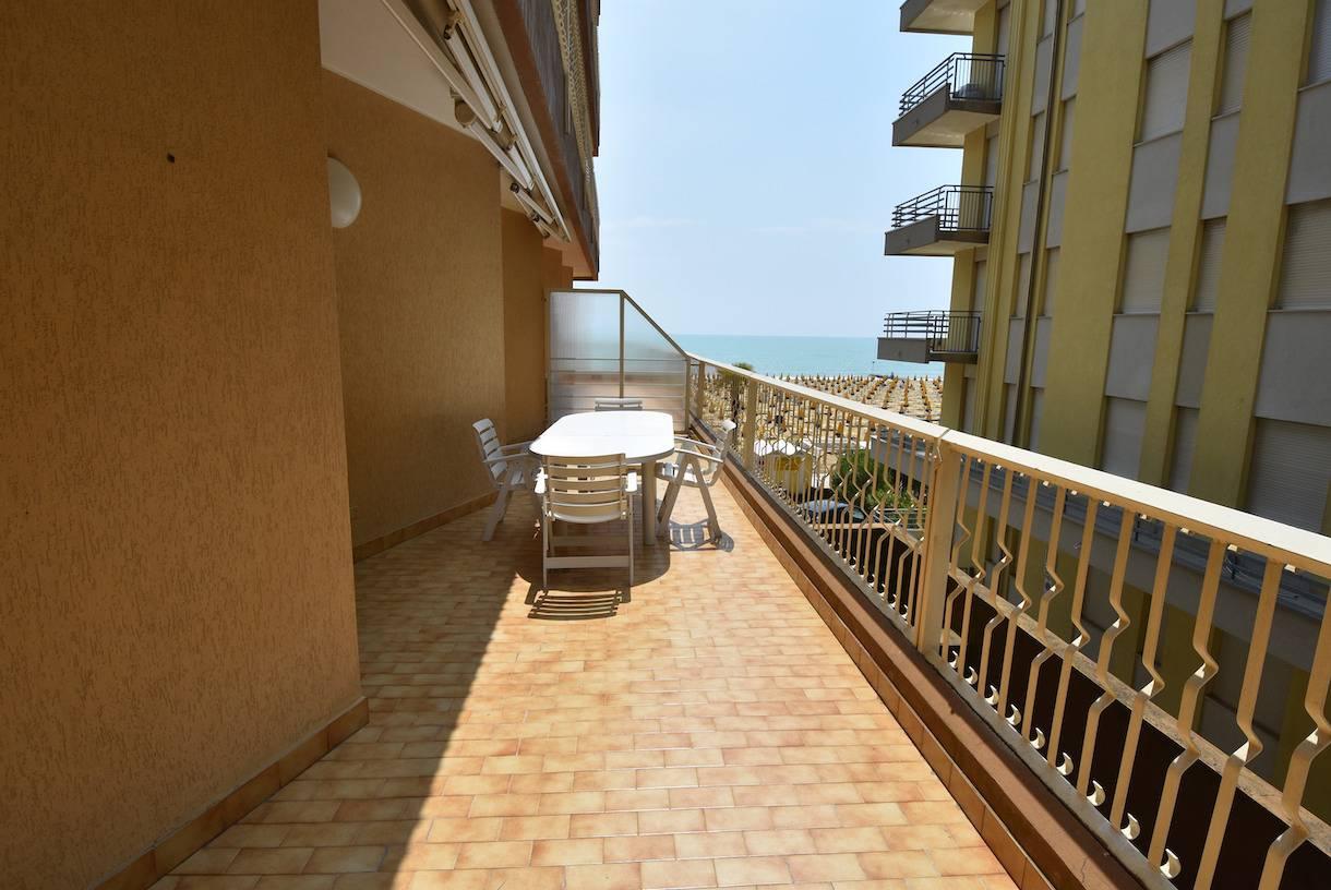 terrazza-appartamento-vacanza-jesolo-17143892