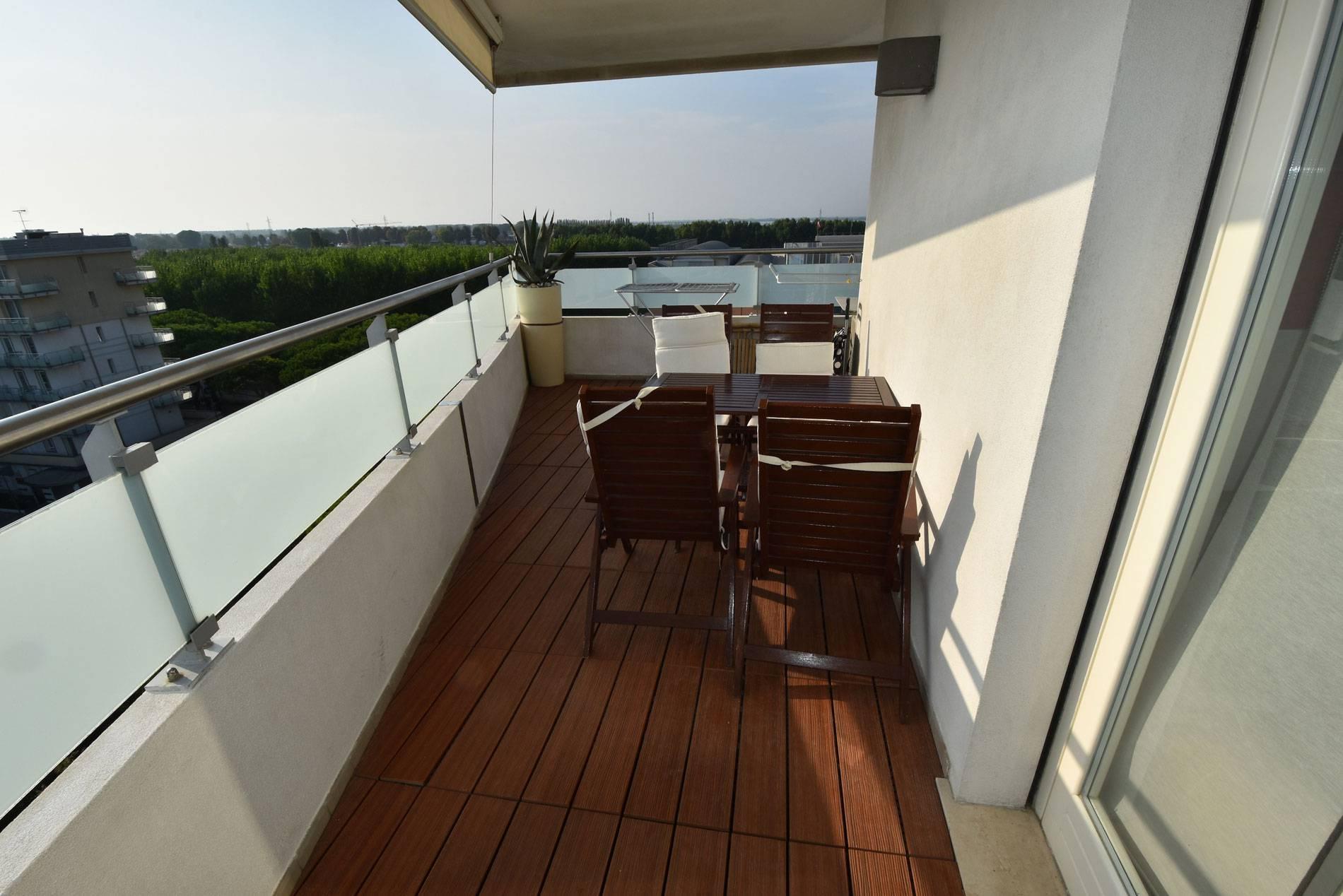 terrazzo-appartamento-vacanza-jesolo-1409201027